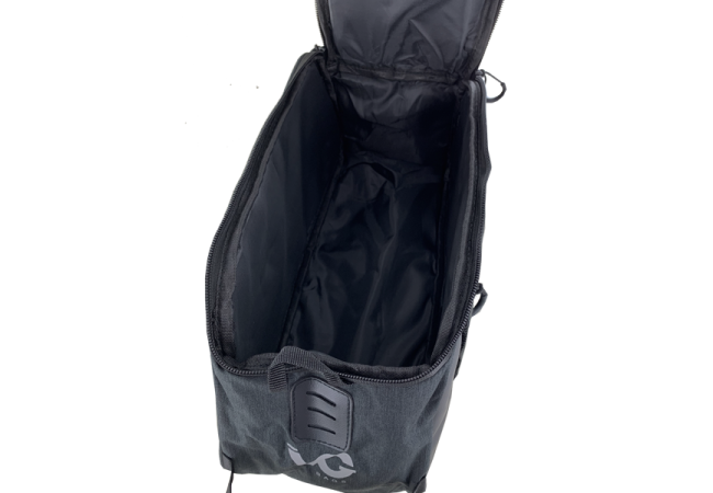 https://w8w5m3f8.stackpathcdn.com/18783-product_default/sacoche-multipoches-vg-sur-porte-bagages-10l.jpg