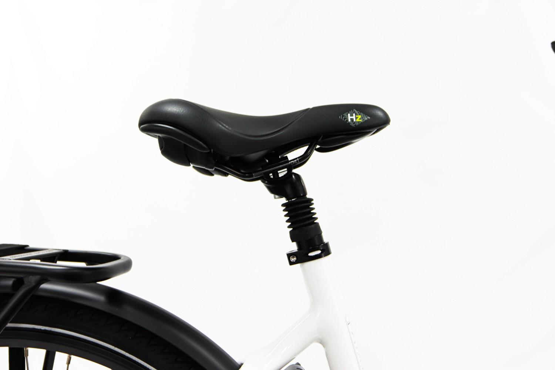 https://w8w5m3f8.stackpathcdn.com/24575/velo-electrique-urbain-vg-bikes-urban-468wh-13ah-2022.jpg