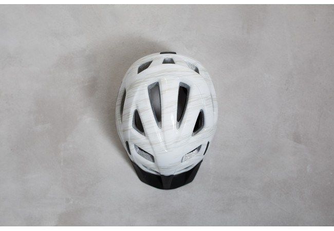 https://w8w5m3f8.stackpathcdn.com/9113-product_default/casque-cube-helmet-tour-lite-blanc.jpg
