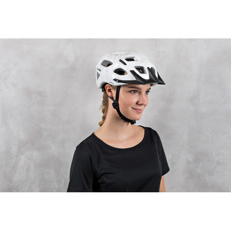 https://w8w5m3f8.stackpathcdn.com/9114-thickbox_extralarge/casque-cube-helmet-tour-lite-blanc.jpg